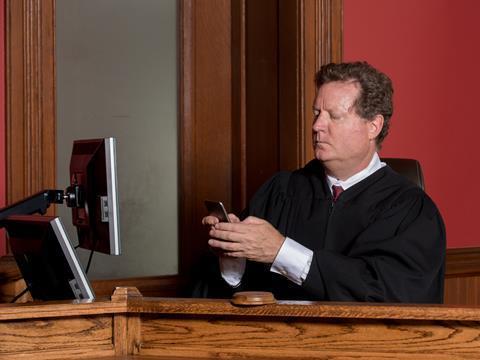 Judge online