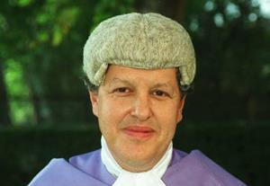 Judge raps solicitor over 'negligent' will