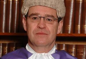 'Gratuitously rude' judge stays in post after conduct probe