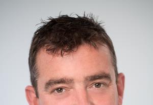 Simon Curry